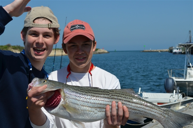 two boys with fish (1)