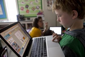 managing screen time at boarding schools